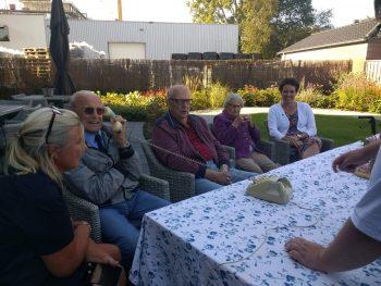 Studenten reiken wonderfoon uit op Wereld Alzheimer Dag